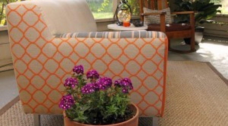 Close-up-of-trellis-sofa-and-rocker-300×233